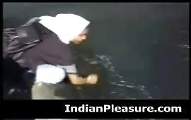 मुस्लिम लड़की की चुदाई