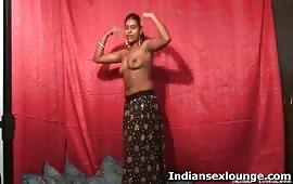सुष्मिता ने दिखाया नंगा नाच