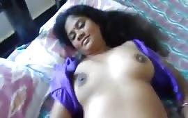 लड़की ने जबरदस्त लण्ड चूसा और फिर चूत में ले लिया